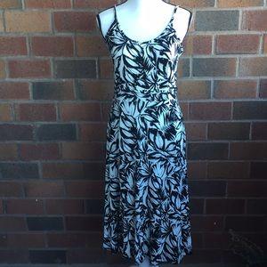 Loft patterned midi dress size small
